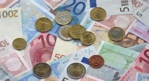 euro 1166051 1280 300x164 Säästäminen