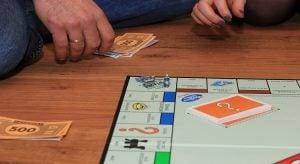 monopoly 1973471 12802 300x164 Sijoittaminen